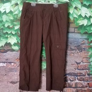 Active Capri Cargo Pockets Pants